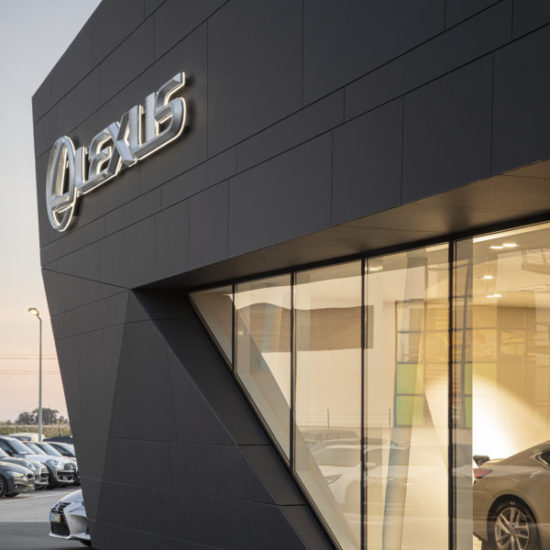 Oficina Lexus